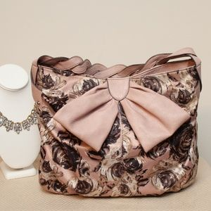 EUC Jessica Simpson Pink Floral Hobo w Large Bow